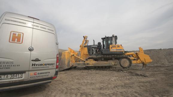 naprawa-maszyn-budowlanych-hydrosprzęt