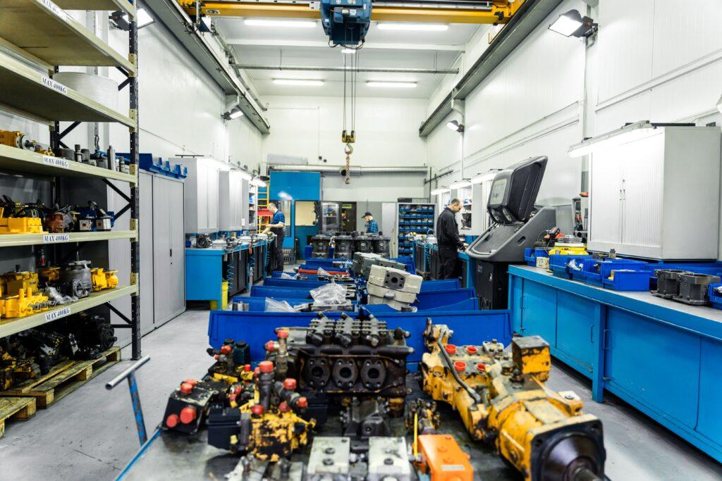 naprawa pomp hydraulicznych