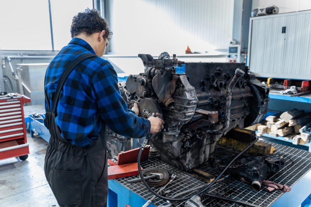naprawa silników cummins